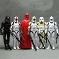 6 unids/lote Star Wars Darth Vader Blanco Guardias soldados soldados clon 16 CM modelo de la mano puede estar en movimiento, incluso niños de regalos