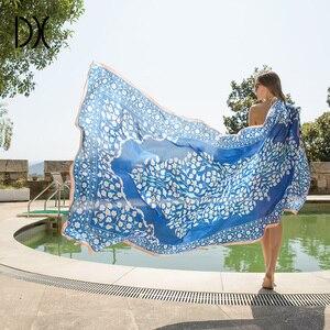 Image 1 - 2020 ใหม่ Foulard Femme ผู้หญิงผ้าพันคอยี่ห้อดอกไม้ผ้าพันคอฤดูร้อนผ้าห่มชายหาดผ้าพันคอมุสลิม Hijab Foulard Pashmina