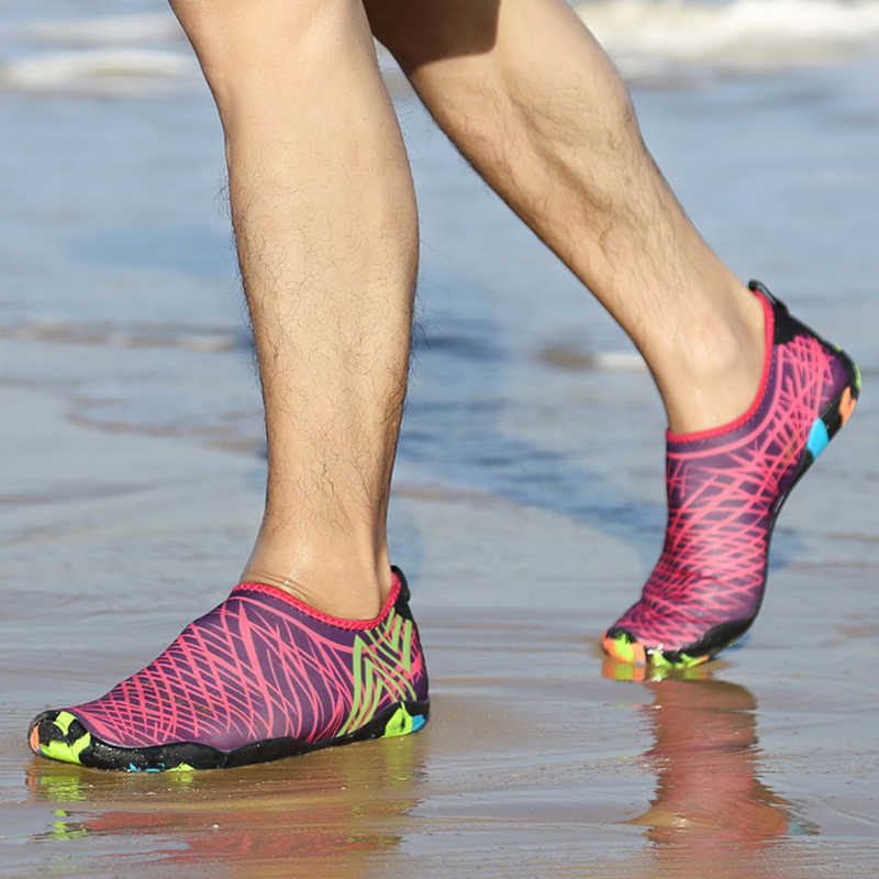 Yaz Unisex ayakkabı yüzme ayakkabı su sporları sahil plaj sörf terlik yukarı ışık atletik ayakkabı erkekler kadınlar için