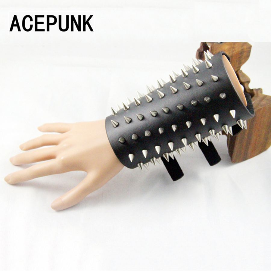 Leather Bracer Adjustable Buckle Wristband Punk Spikes Bracelet Men Jewelry Rivet Bracelets Bangles Pulseira Masculina Bileklik cupless buckle rivet leather corset