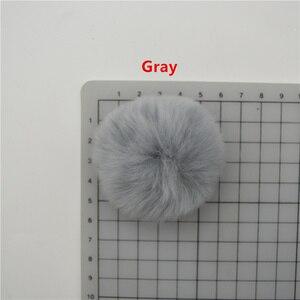 Image 5 - 25 cái 5 cm Rất Mềm Rex Rabbit Fluffy Lông Bóng Ngù cho Bông Tai Đồ Trang Trí Bóng Sang Trọng Kẹp Tóc Cái Mũ