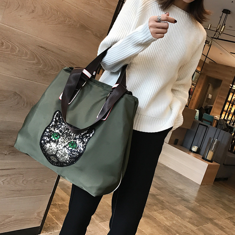 Purse Short-distance Travel Bag Female Cartoon Sequins Hand Raised Bad Bag Women Sport Bag Fitness Training Gym Bag Shoulder