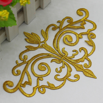 Iron On Budges Flowers Appliqued Gold Embroidered Trims Gold And Silver White And Black 12*16.5cm 5pcs/Lot image