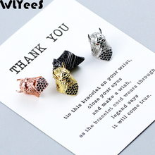 WLYeeS 2pcs CZ Red Eyes Spartan helmet Pendant Copper beads Black Zircon Charm Metal Loose beads For Jewelry bracelet making DIY цена