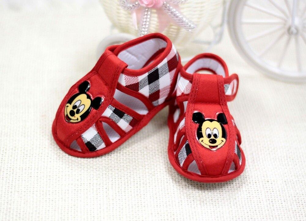 2015 summer new baby sandals slip