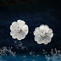 VLOVE Korean New Hot Style Shell Flower Earrings White Bright Color Beads Fashion Style Earrings for Women