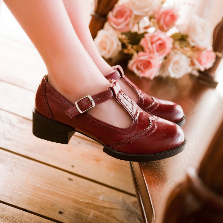 2015 NEW Vintage Carved Leather Student T Strap Mary Jane Flats Womens  Oxfords Round Toe Shallow Mouth Flat Oxfords For Women -in Women s Flats  from Shoes ...