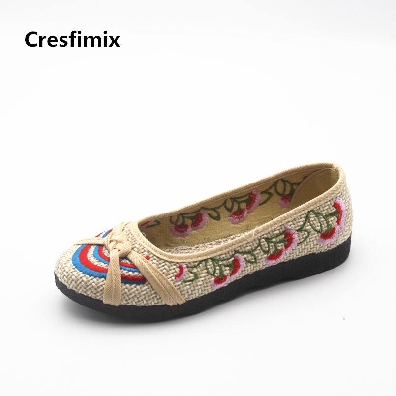 Cresfimix chaussures plates pour femmes women fashion slip on flat shoes lady retro brown dance flats female plus size shoes