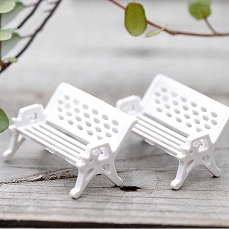 Hot Mini White Bench Chairs Moss Decor Figurines Garden Miniatures Micro Landscape Accessories Pastoral Couch Mini Decoration
