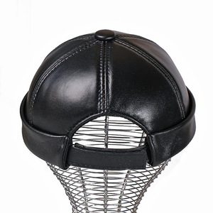 Image 2 - עור אמיתי רטרו כובע מזדמן כובע בעל בית כבש כובע דק עגול זכר כובעי אופנה חורף ובסתיו יוקרה כובעים