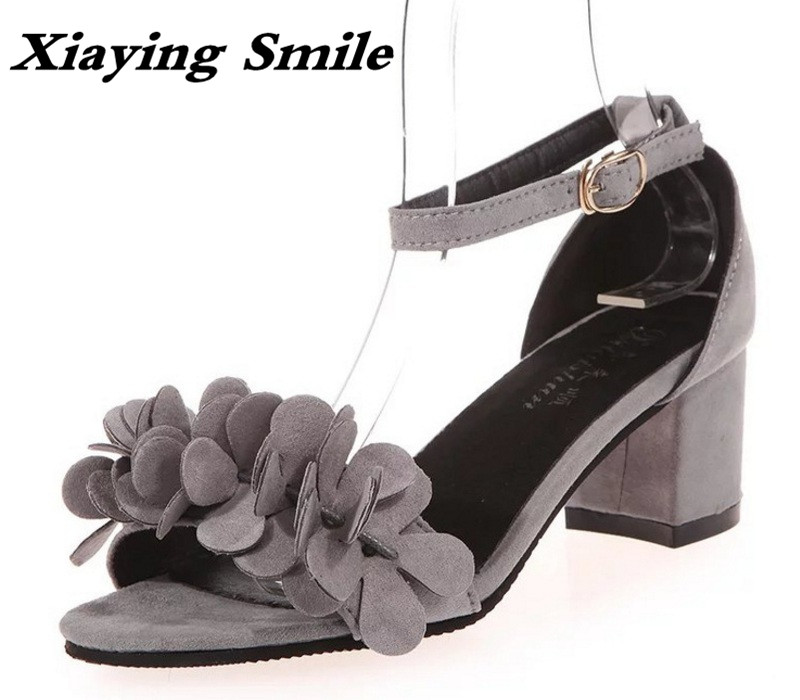 Xiaying Smile Summer Woman Sandals Square Cover Heel Woman Pumps Buckle Strap Fashion Casual Flower Flock Student  Women Shoes xiaying smile new summer woman sandals shoes women pumps platform fashion casual square heel buckle strap open toe women shoes
