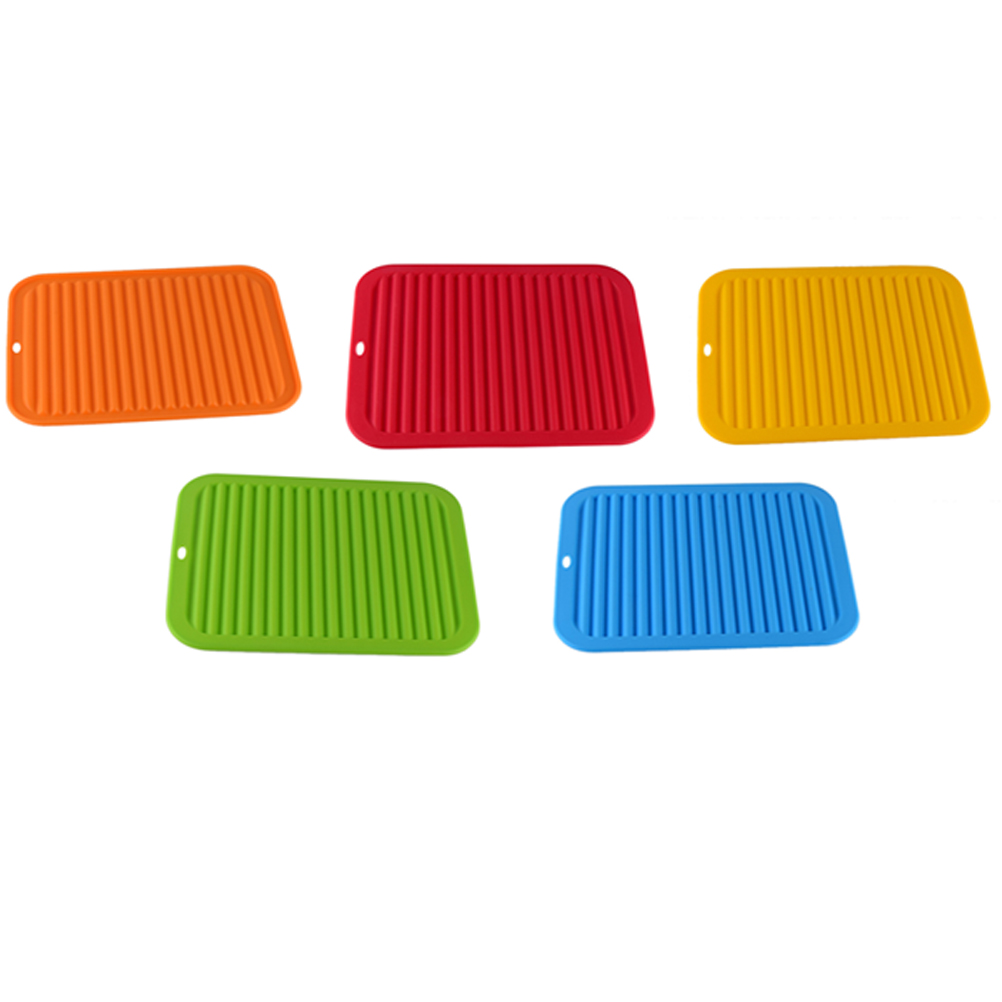 Silicone Wave Pattern Insulation Mat Kitchen Storage Dish Cup Drying Rack Holder Drainer Dryer Tray Tableware Water Drainning
