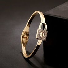 WLP brand jewelry 2017 New women Gold alloy lock crystal bangles bracelets Exaggerated personality Rhinestone bangle for women