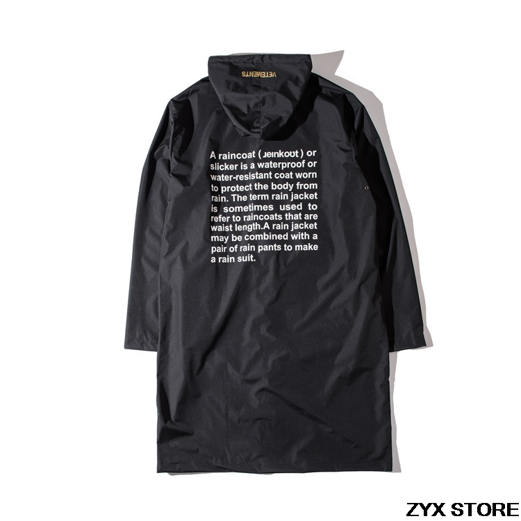 2017 New Collection VETEMENTS Raincoat In Seoul Garage
