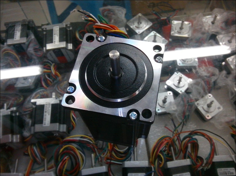 Easy Thai CNC stepper motor model 57HS09 size NEMA 23 / 2-phase hybrid step motor 0.9NM out /Terminated with 8 motor leads. 0 9 step degree nema14 round stepper motor with 8 8n cm 12oz in length 20mm ce cnc step motor