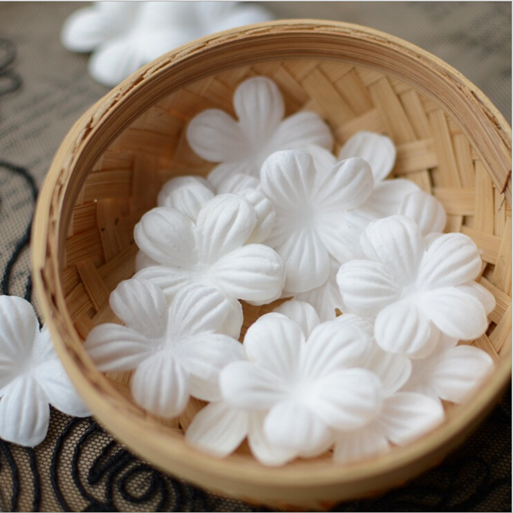2016 New 100pcs White Lace Flower Fabric Flowers For Diy