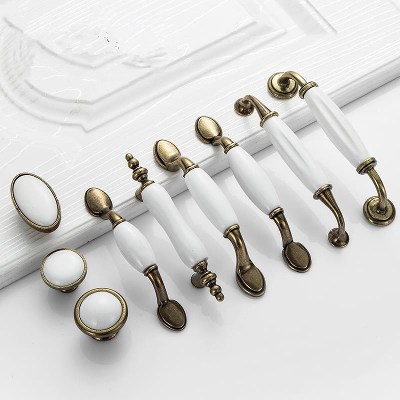 pulls and knobs for kitchen cabinets