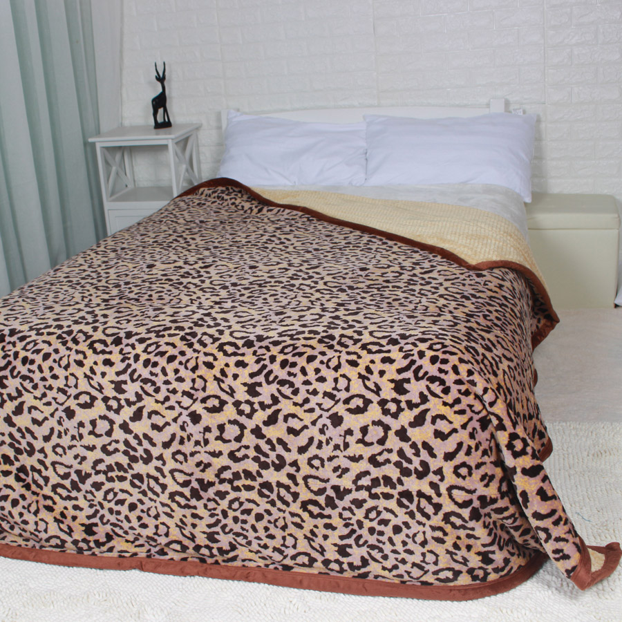 200x230cm Double Face Leopard Print Solid Flannal Blanket Plaid Soft Warm Throw on the Bed Sofa Winter Multi Function Blankets zhh warm soft fleece strip blankets double layer thick plush throw on sofa bed plane plaids solid bedspreads home textile 1pc