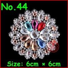 1 Pcs/Lot Hot fix rhinestone Motify Crystal Flower Patch Applique For Women Clothes Bride Wedding Dress DIY Motif rhinestones