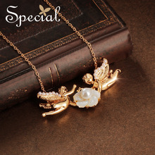 The SPECIAL New Fashion euramerican flower necklaces female fashion pendant neck chain tide lock chain Angel kiss XL18052402 недорого