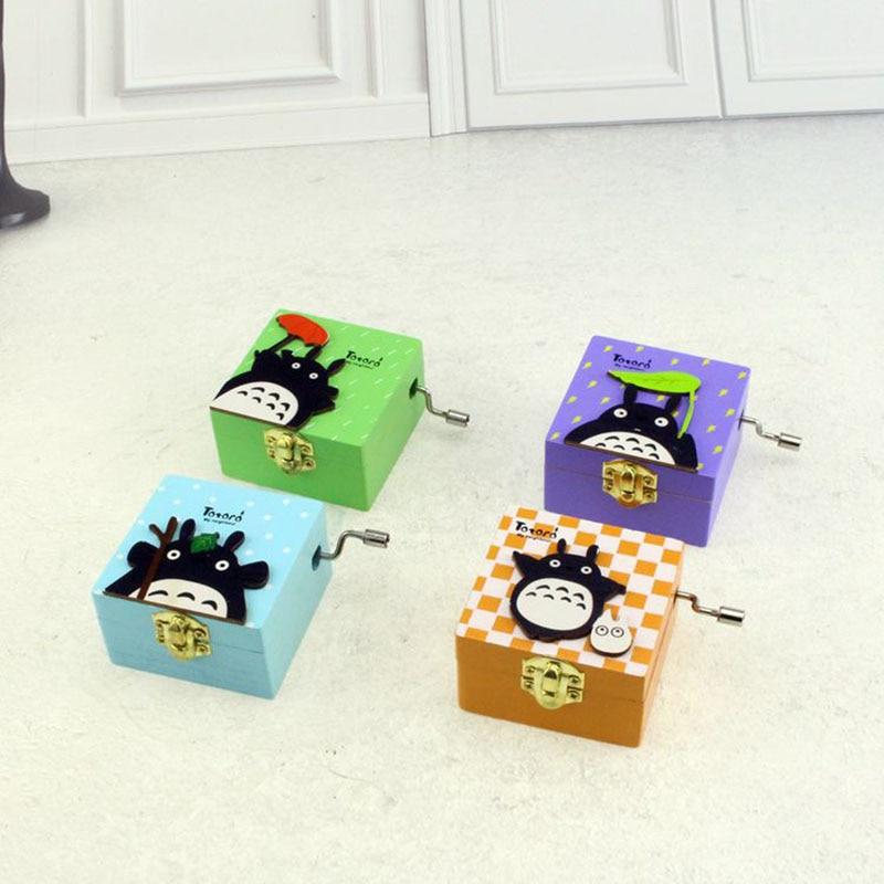 Hand Crank Musical Box Creative Student Gift Music Box My Neighbor Totoro Wooden 4 Different Patterns Music Box Christmas Gifts