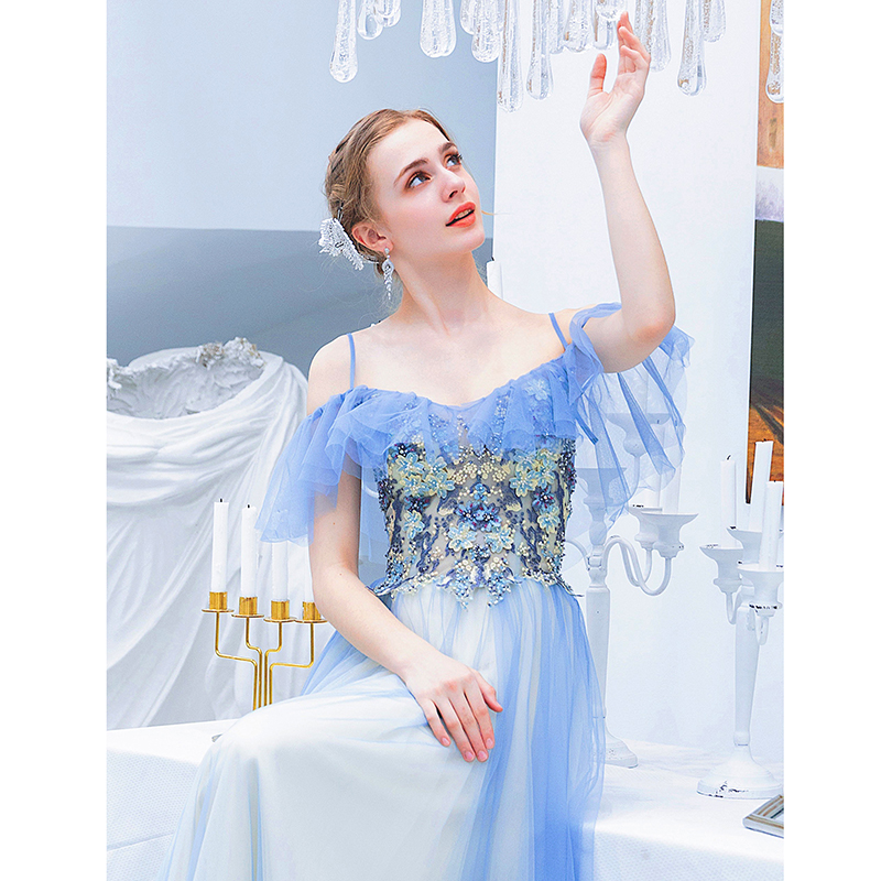 Blue Prom Dress Lace Applique Sweet 16 Dress Spaghetti Strap V Neck Long Evening Bridesmaids Gown