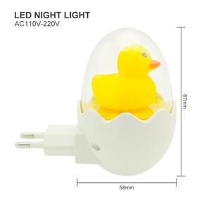 Image 2 - Màu Vàng dễ thương Vịt LED Đèn Ngủ Cảm Biến Ánh Sáng Điều Khiển Mờ Đèn Điều Khiển từ xa EU Cắm 220V cho Nhà Phòng Ngủ Trẻ Em trẻ em Quà Tặng