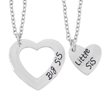 2Pcs/Set Hollow Love Stitching Heart Necklace Big Little Sis Necklaces & Pendant For Sisters Best Friend Forever Keepsake