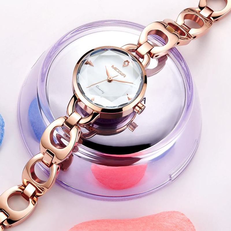 MEGIR Women Fashion Metal Bracelet Jewelry Quartz Wrist Watch Rose Gold Luxury Waterproof Analog Watches Clock Relogio Feminino hot sale soxy fashion elegant women watches analog lady s bracelet quartz watch luxury gold wrist watches hours relogio feminino