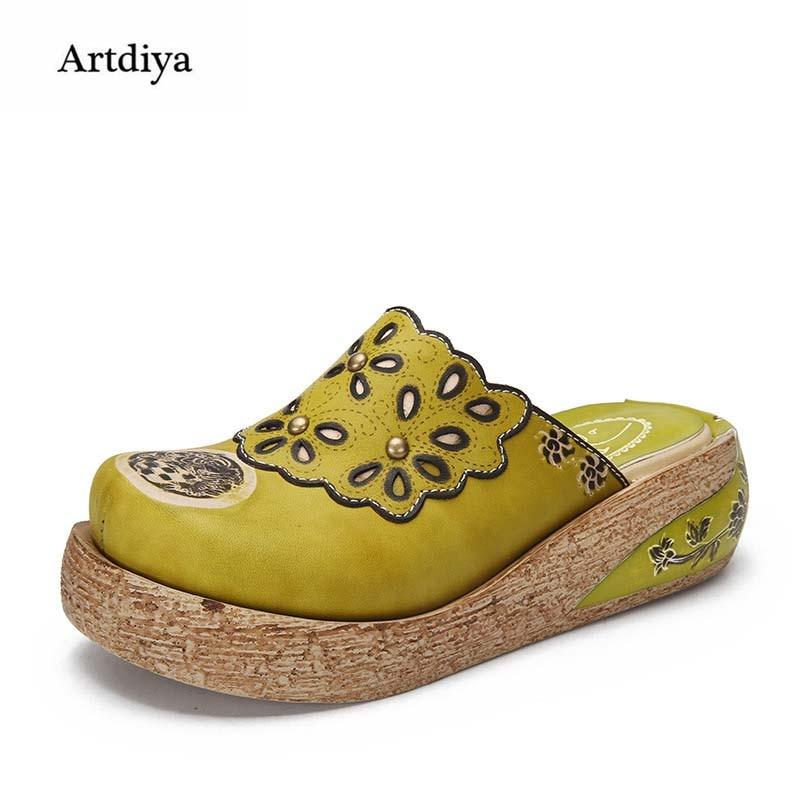Artdiya Summer New Vintage Leather Women Sandals Rivets Flower Platform Handmade Slippers Round Toe Comfortable Shoes 8978 2018 new high end leather comfortable feet sandals classic sandals handmade leather slippers handmade leather slippers