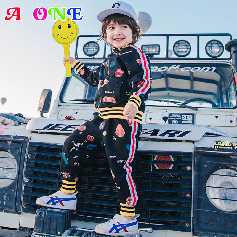Spring Autumn football crown skate doodle baby boys jacket + striped pants boys 2 pcs set kids suit children clothes 2 to 9 yrs