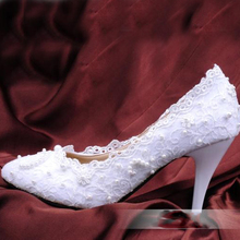 White Lace Woman Wedding Shoes New Woman Bridal Shoes Lady Imitation Pearl Party Prom Shoes High Heel Shoes Free Shipping