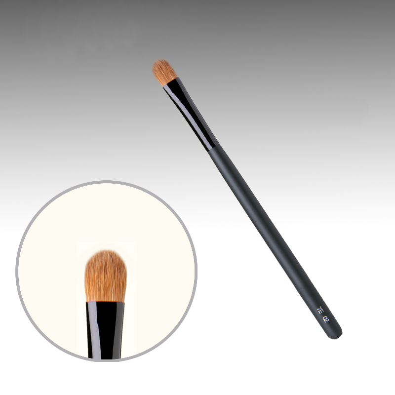 7E02 Professional Makeup Brushes Weasel Hair Eye Shadow Brush Black Handle Cosmetic Tools Eye Shader Make Up Brush 7e08 professional makeup brushes weasel hair eye shadow blending brush black handle cosmetic tools smoky eye make up brush