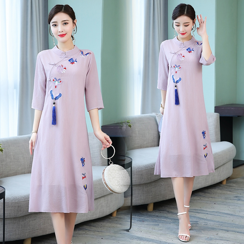 2020 Chinese Dress Qipao Cheongsam High Quality Chinese Women's Dress Embroidery Floral Modern Cheongsam Dress Qipao
