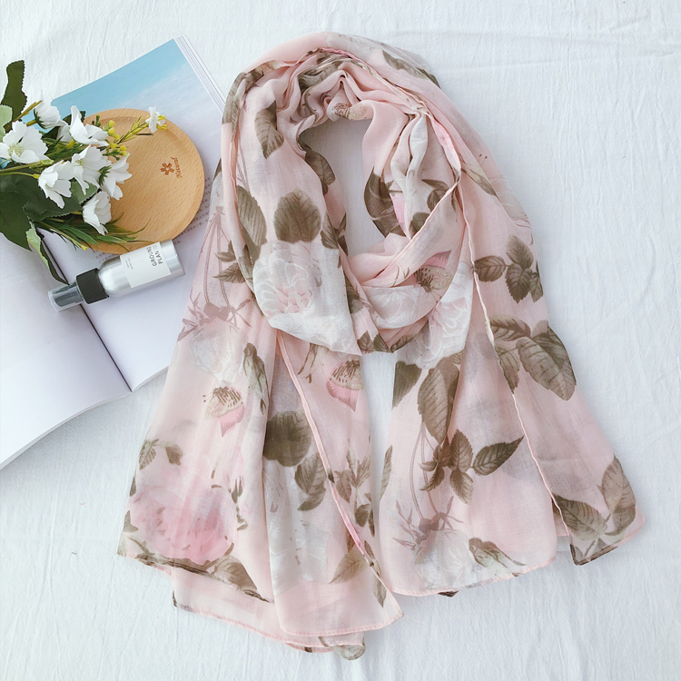 2019 Fashion Beautiful Rose   Scarves   Shawls Floral Trendy Foulard   Scarf     Wrap   Beach Hijab Wholesale 10pcs/lot Free Shipping