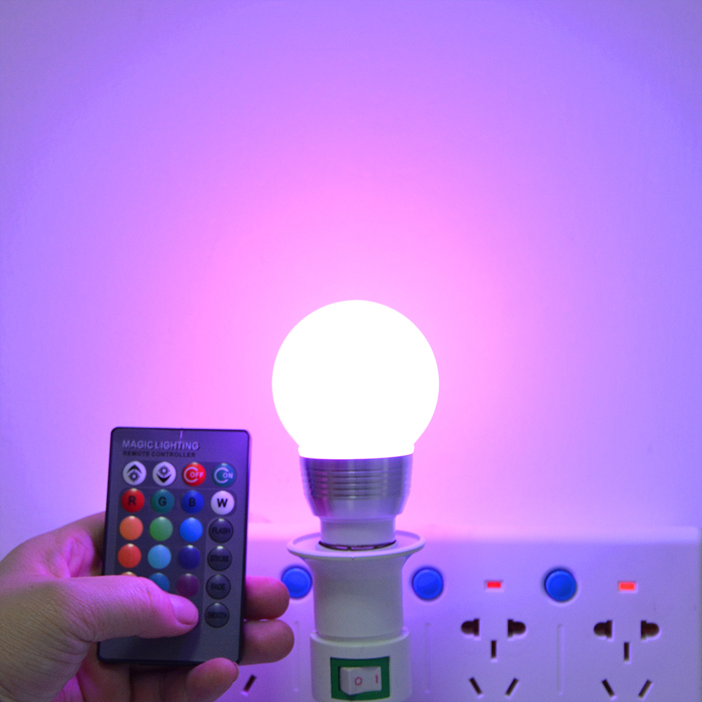 Lumiparty Color Changing LED Light Bulb with Remote Control Dimmable RGBW Multicolor LED Light 85-265V/ E27