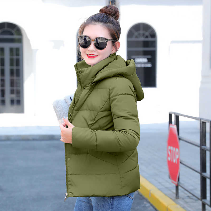 Winterjas vrouwen 2019 Plus Size Womens Parka Thicken Bovenkleding effen hooded Jassen Korte Vrouwelijke Slanke Katoen gewatteerde basic tops