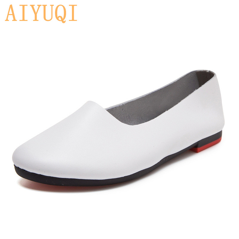 AIYUQI Women Flats Shoes Genuine Leather Ladies Shoes Large Size 41 42 43 Casual Lightweight non-slip 2020 New Women Loafers