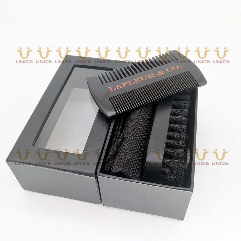 Купить с кэшбэком MOQ 100pcs Black Wood  Beard Care Kit Customized LOGO Fine & Coarse Tooth Comb & Boar Bristle Beard Brush & Scissors in Gift Box