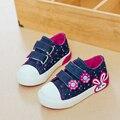 Los niños de la lona shoes 2017 nuevo color caramelo de las muchachas princesa shoes transpirable denim girls sneakers baby toddler shoes