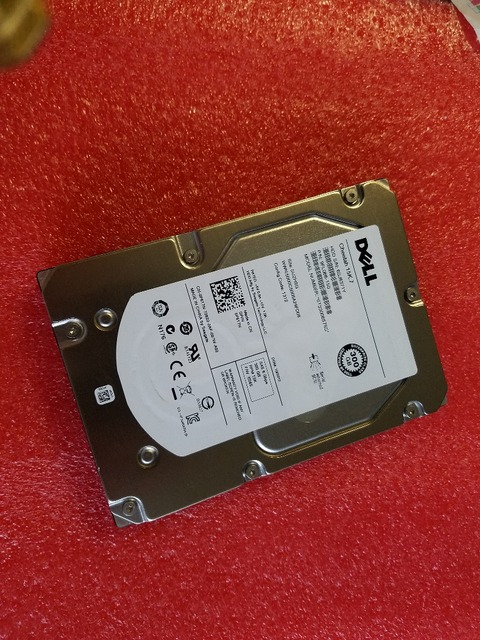3 years warranty  100%New and original   0959R4  300GB 15K SAS PS6000 ST3300657SS