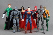 7pcs/set Justice League Lighting Superman Wonder Flash Batman Lantern Aquaman Movable Action Figure Toys