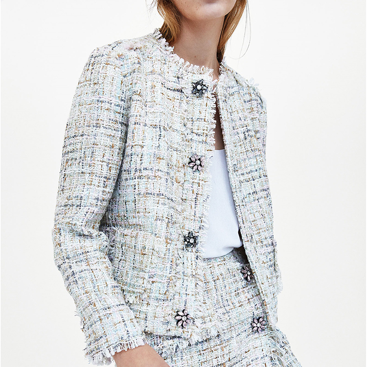 2018 Spring New Style Good Quality Women Vintage Tweed Coat Feamle O-neck Rhinestone Button Short Style Blended Jacket