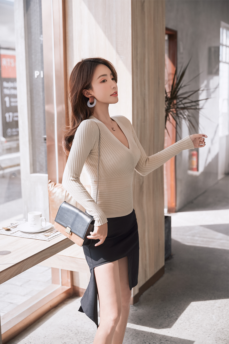 19 New Sexy Deep V Neck Sweater Women's Pullover Casual Slim Bottoming Sweaters Female Elastic Cotton Long Sleeve Tops Femme 15