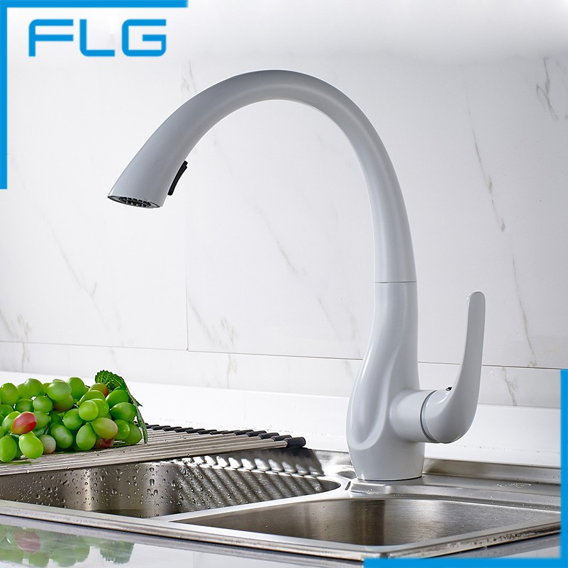 Contemporary White Painting Solid Brass Spring Kitchen Faucet Deck Mount Pull Out Mixer Faucet FLG20015W