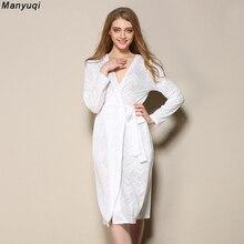 Été blanc femmes peignoir jacquard creux sexy robe femme coton dentelle mi-longueur accueil peignoirs femmes