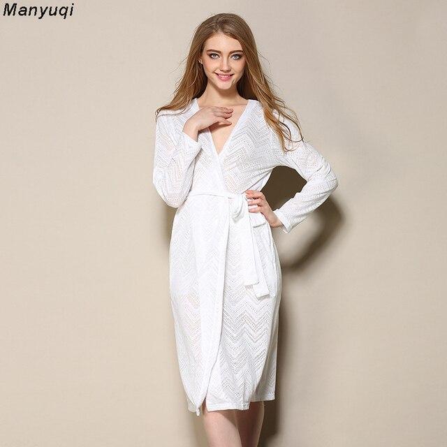 4b6d8cff77268 Été blanc femmes peignoir jacquard creux sexy robe femme coton dentelle  mi-longue maison peignoirs