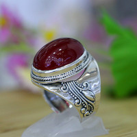 2018 High quality women jewelry natural semi precious stones Engraved vintage red corundum 925 Sterling silver rings lovers gift