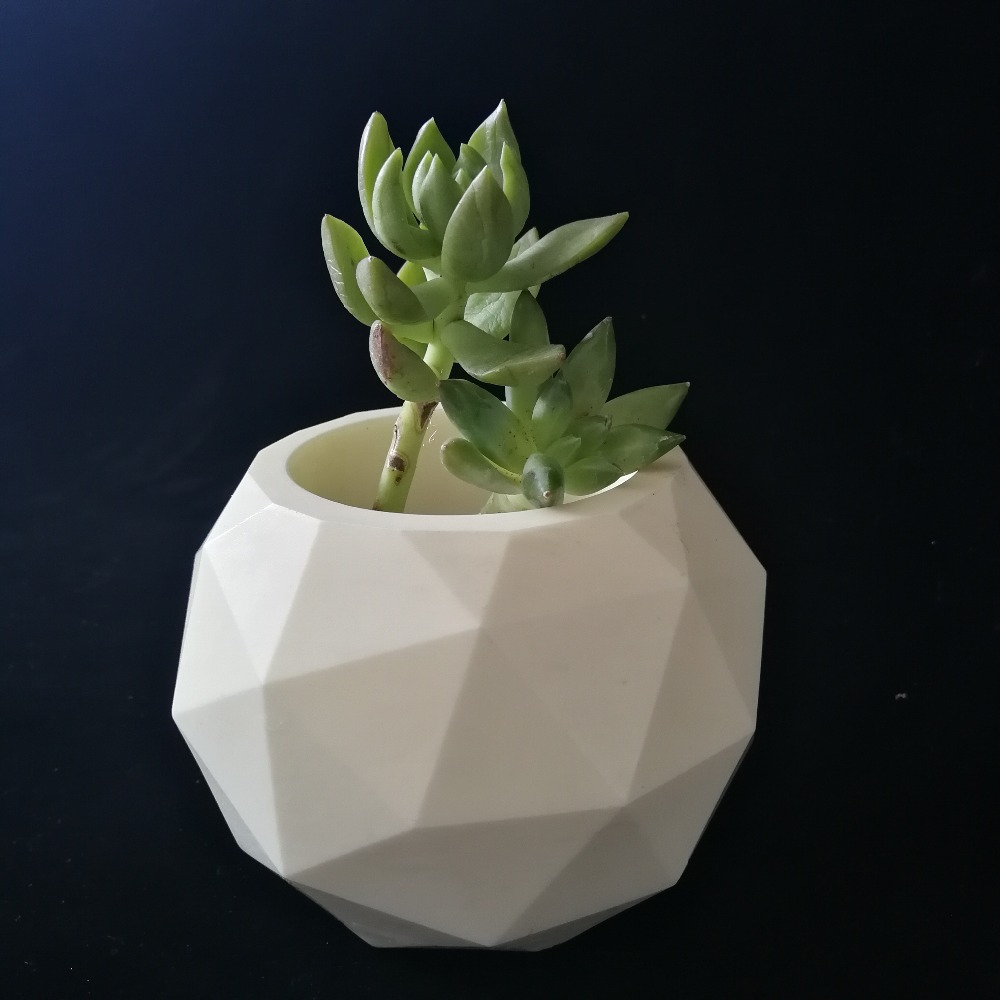 Geodesic Concrete Succulent Garden Planter