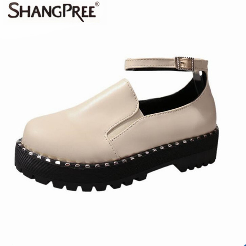 2017 New Fashion Women Flats leather Shoes Buckle Studded Women Spring Winter Round Toe Ankle atrap Casual Ladies Shoes new 2017 spring summer women shoes pointed toe high quality brand fashion womens flats ladies plus size 41 sweet flock t179